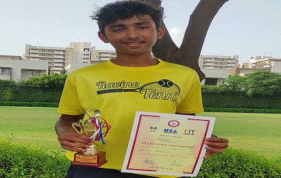 Pratyaksh of class X is Runners-Up at the AITA Championship Series Under 18 Boys Singles Lawn Tennis Tournament